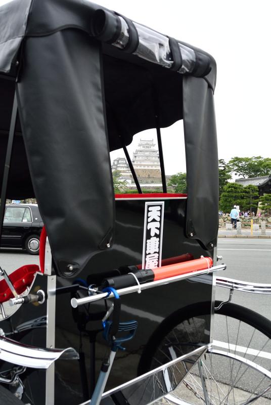 人力車と姫路城