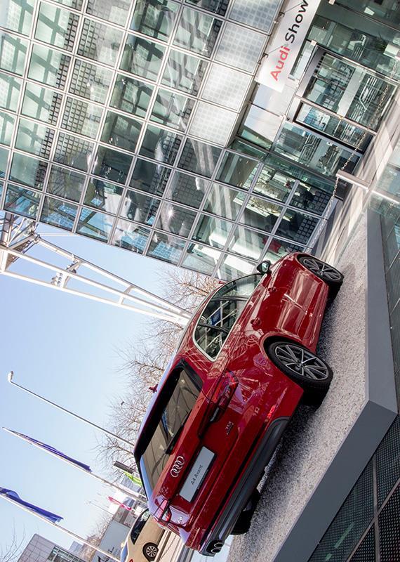 Audi A4 Avant TDI quattro アウディA4アヴァントTDIクワトロ