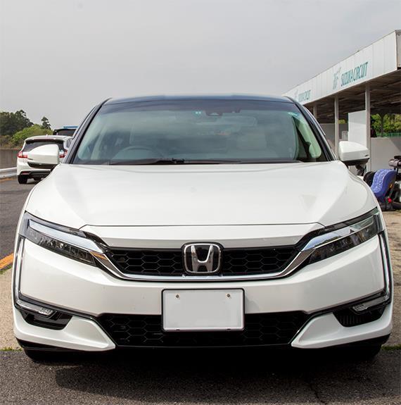 Honda Clarity Fuel Cell ホンダ クラリティ (FCV 燃料電池車)
