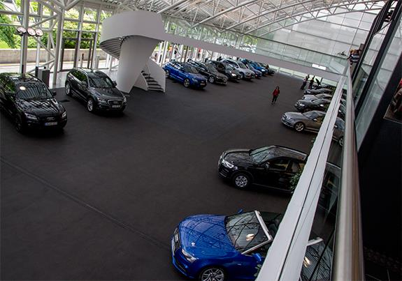 Audi Forum Ingolstadt アウディ・フォーラム・インゴルシュタット