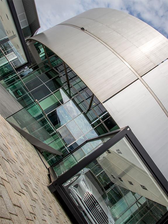 Audi Forum Ingolstadt アウディ・フォーラム・インゴルシュタット museum mobile アウディ博物館