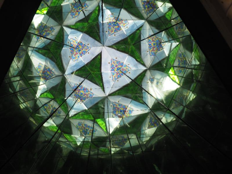 長浜 黒壁スクエア 感響フリーマーケットガーデン 巨大万華鏡