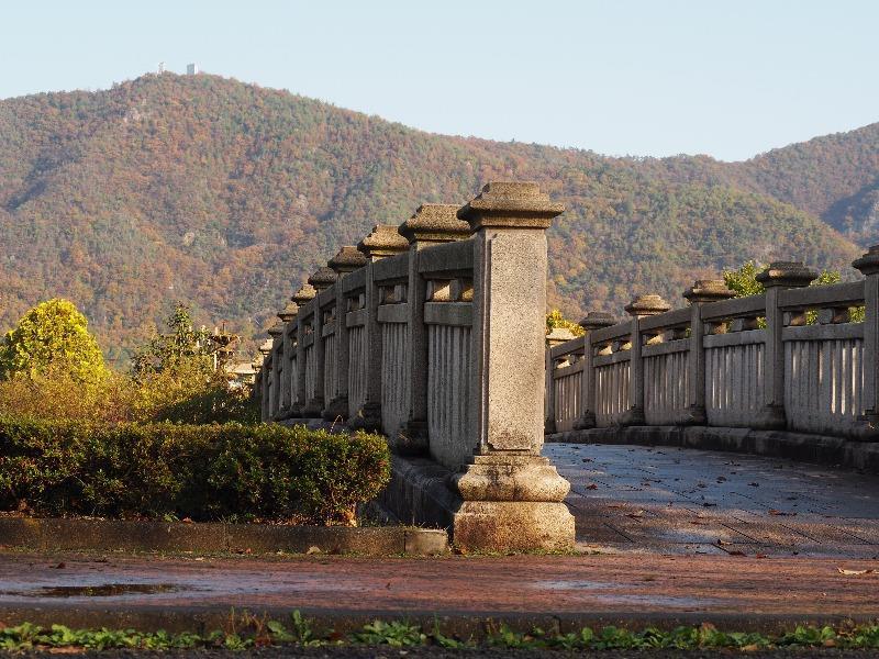 長良公園 連絡橋……から百々ヶ峰