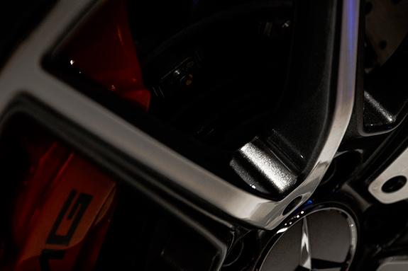 Mercedes メルセデス-AMG GT S