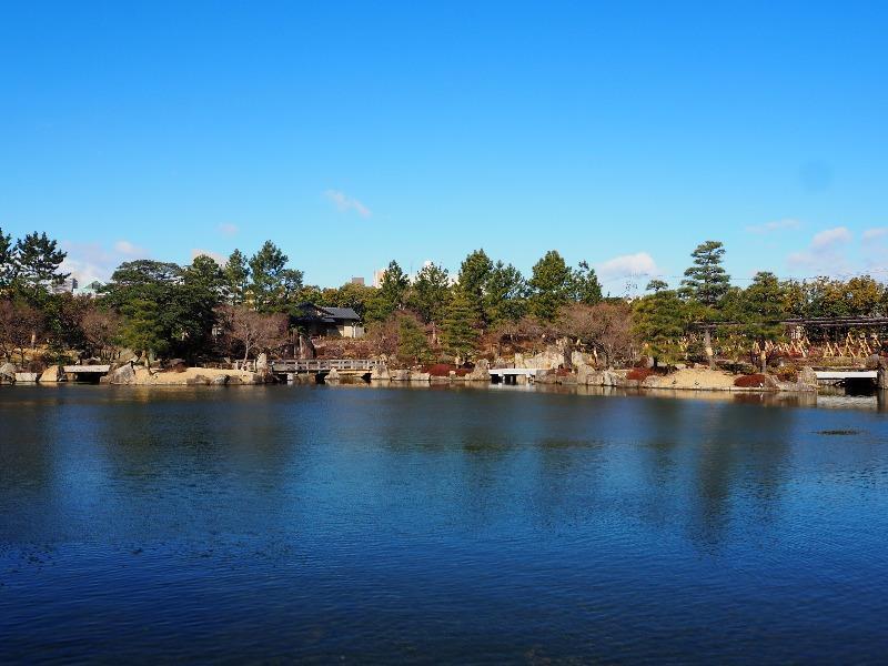 徳川園 龍仙湖(りゅうせんこ)