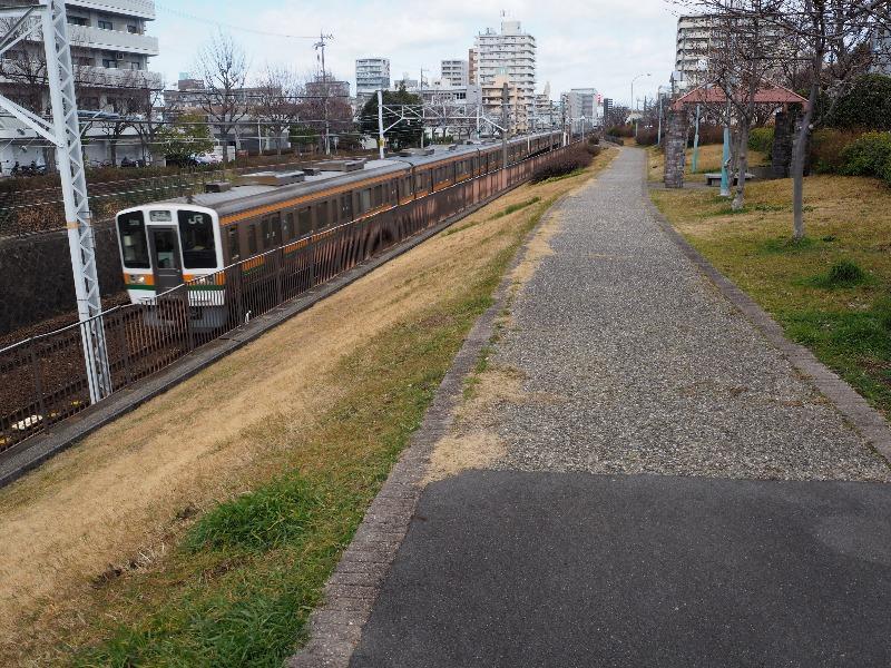 中央線沿東街園 JR東海 普通列車 名古屋行