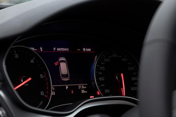 Audi A6 C7/4G Avant TDI ultla140 S tronic アウディ A6アバント ウルトラ Sトロニック