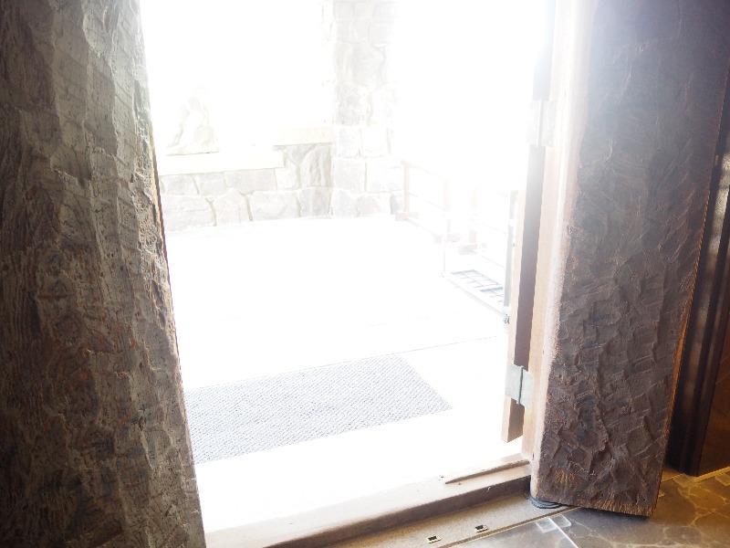 揚輝荘 南園(聴松閣)1階 玄関扉