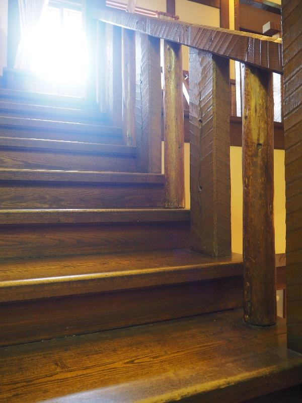 揚輝荘 南園(聴松閣)1階 大階段 踏板