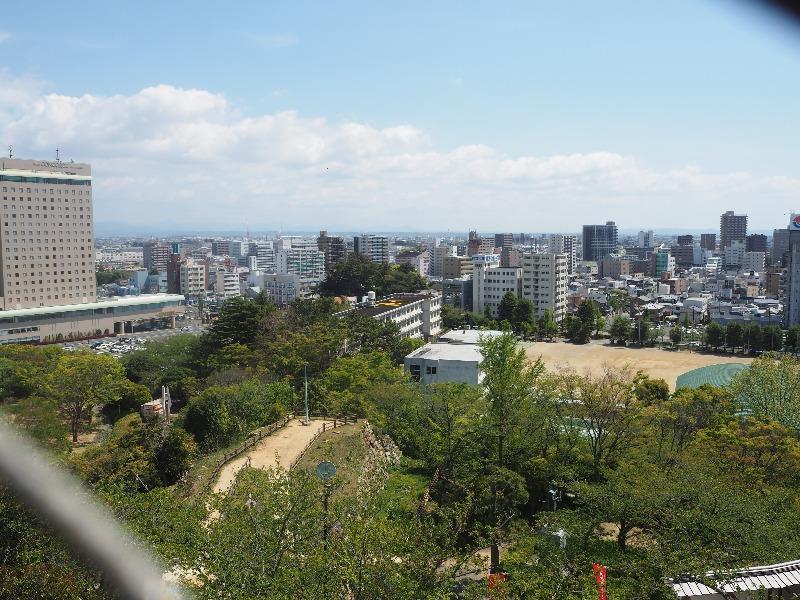 浜松城 天守閣 3階展望室……から富士山方面