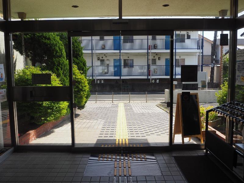 浜松市立西図書館 風防室
