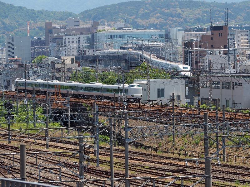 京都鉄道博物館 スカイテラス 並走(2)