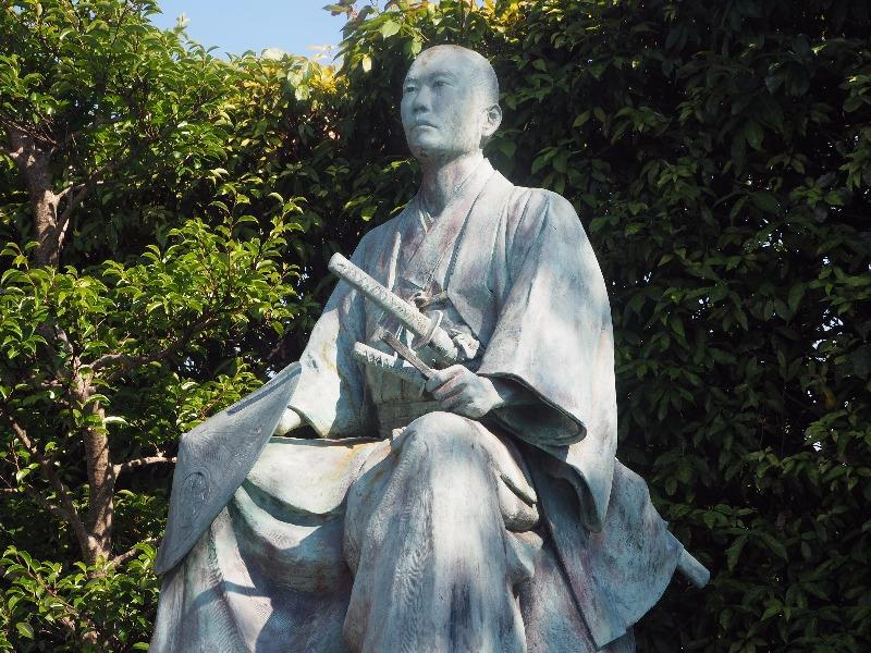 中山道 赤坂宿 赤坂本陣公園 所郁太郎像