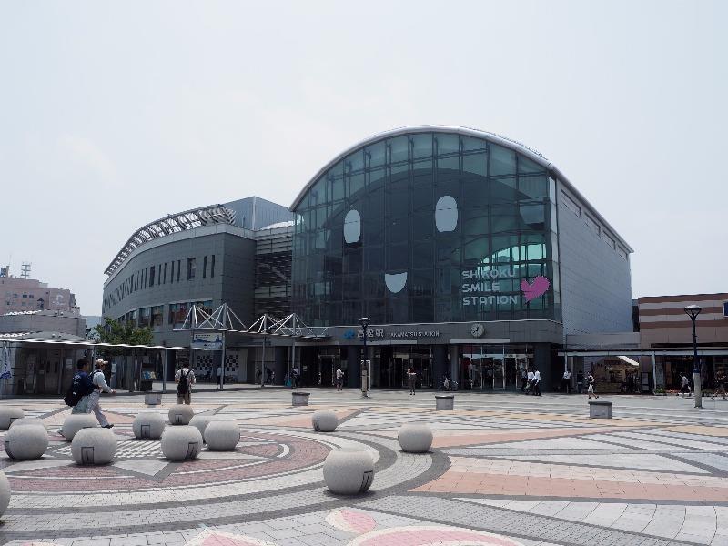 高松駅 駅前広場