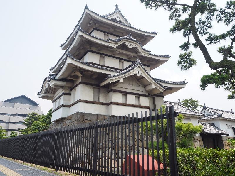 玉藻公園 (史跡高松城跡) 北之丸月見櫓(続櫓)、水手御門、渡櫓