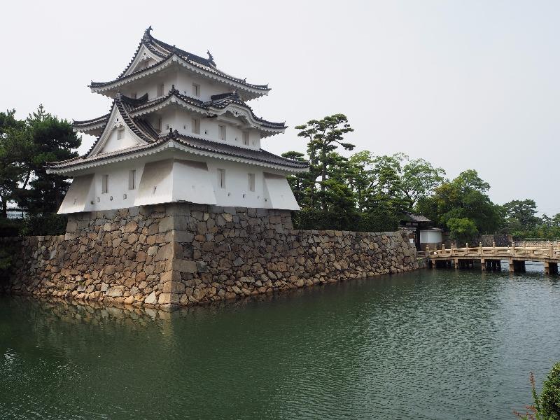 玉藻公園 (史跡高松城跡) 艮櫓(旧太鼓櫓跡)旭橋、旭門