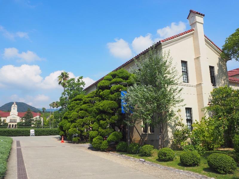 関西学院大学 西宮上ケ原キャンパス 吉岡記念館(宗教センター、神学部事務室)