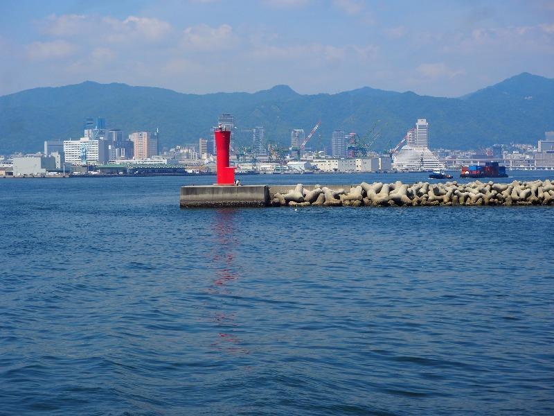 神戸ベイクルーズ ロイヤルプリンセス号 神戸港第一防波堤 赤灯台