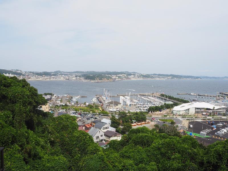 江の島……から腰越海水浴場、由比ヶ浜海水浴場