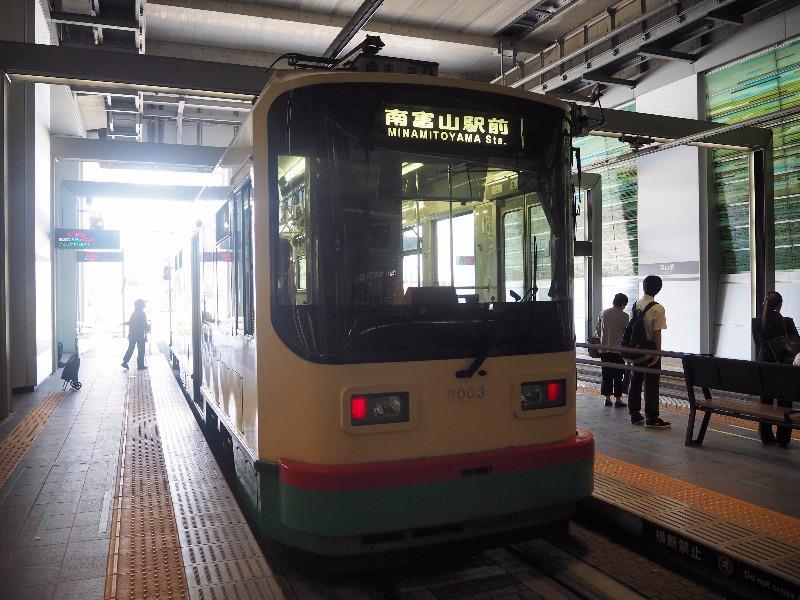 富山地方鉄道 富山駅 8000形電車