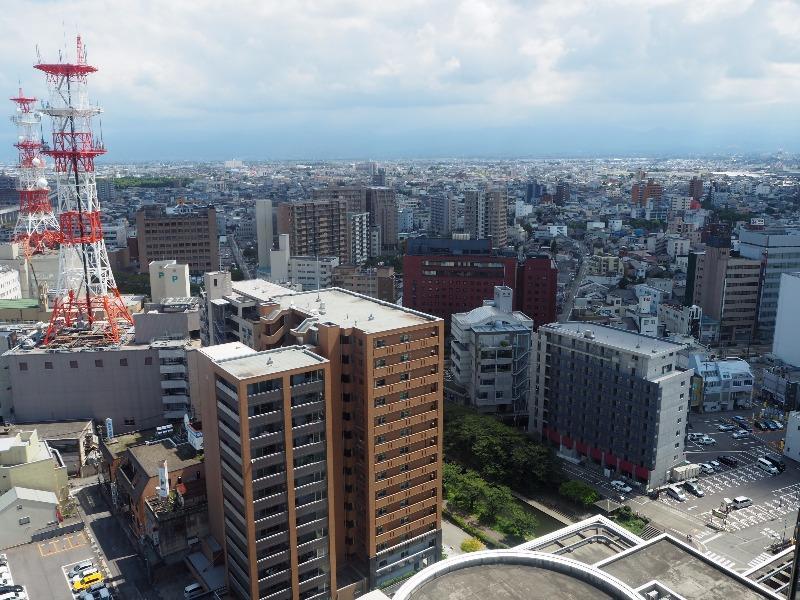 富山市役所 展望塔 東(立山あおぐ特等席)