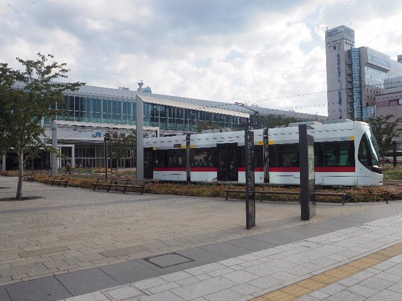富山駅 南口駅前広場 LRT軌道(2)