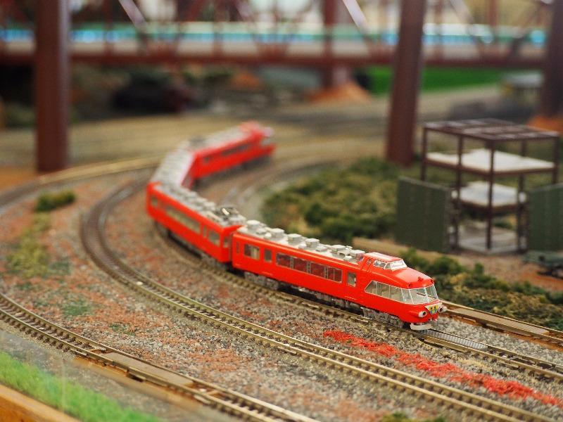 鉄道カフェはるか 名鉄 7000系パノラマカー+JR東日本 E5系新幹線はやぶさ