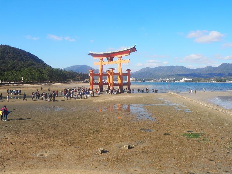 宮島 厳島神社 大鳥居(引き潮)