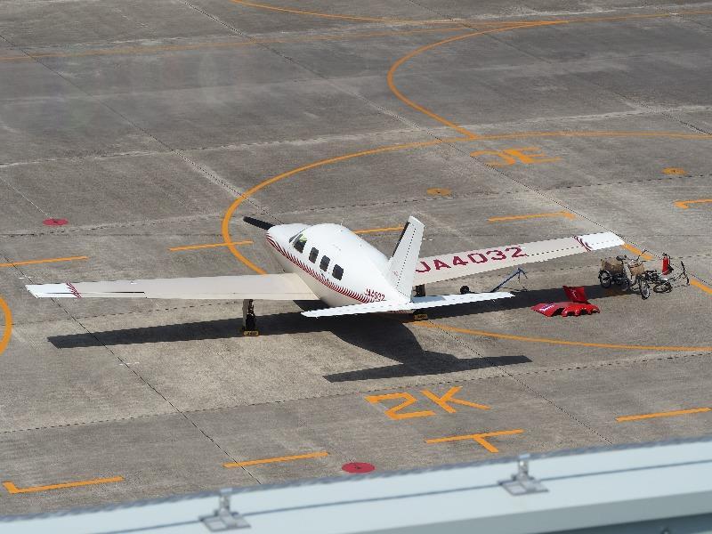 あいち航空ミュージアム 屋上展望デッキ パイパー・エアクラフト PA-46-310P Malibu(JA4032)