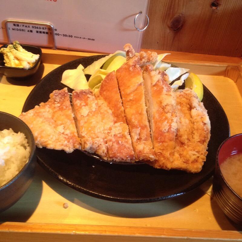 松本駅 MIDORI 松本からあげセンター 山賊焼き定食