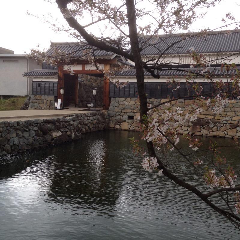国宝 松本城 外堀から太鼓門