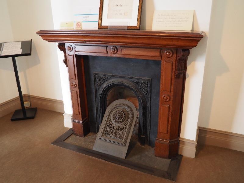 旧司祭館 暖炉