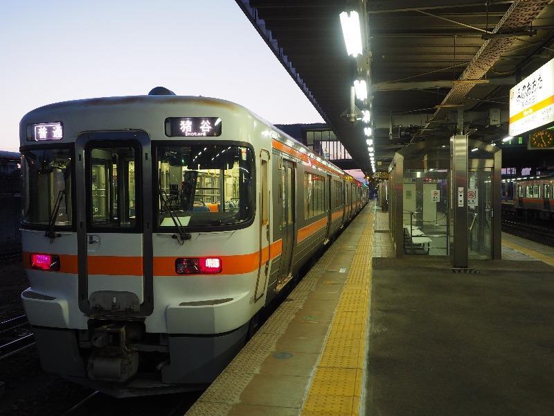 美濃太田駅 キハ25形