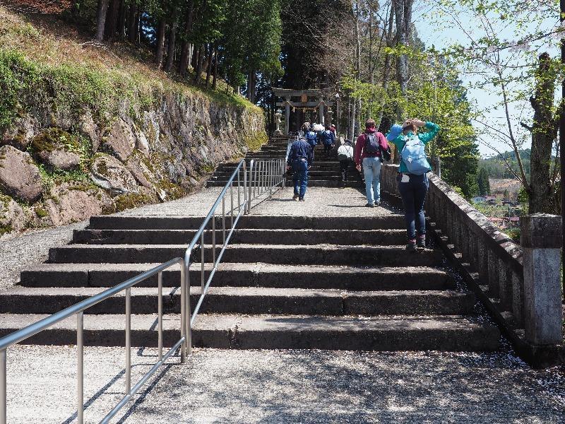 気多若宮神社 階段