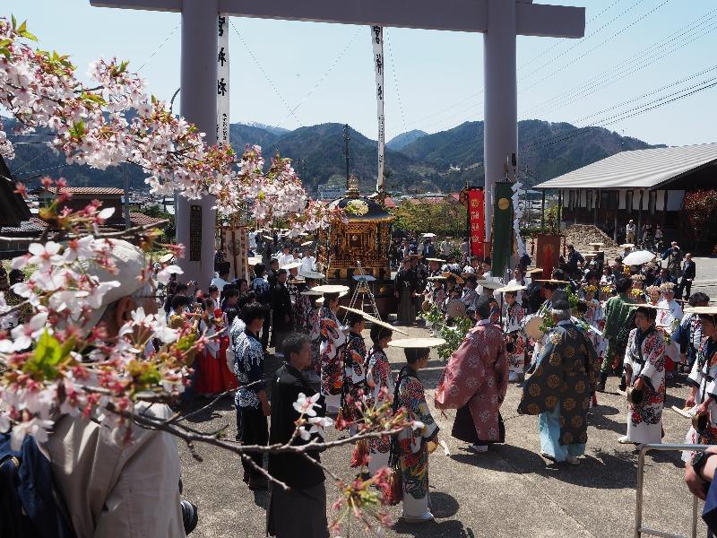 気多若宮神社 神幸祭 御神輿御巡行(1)