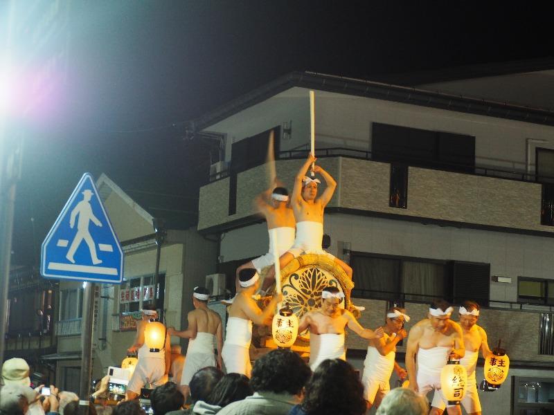 飛騨古川駅前 起し太鼓