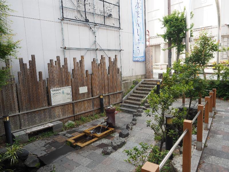 OKBストリート 金蝶園総本家 名水 大手いこ井の泉