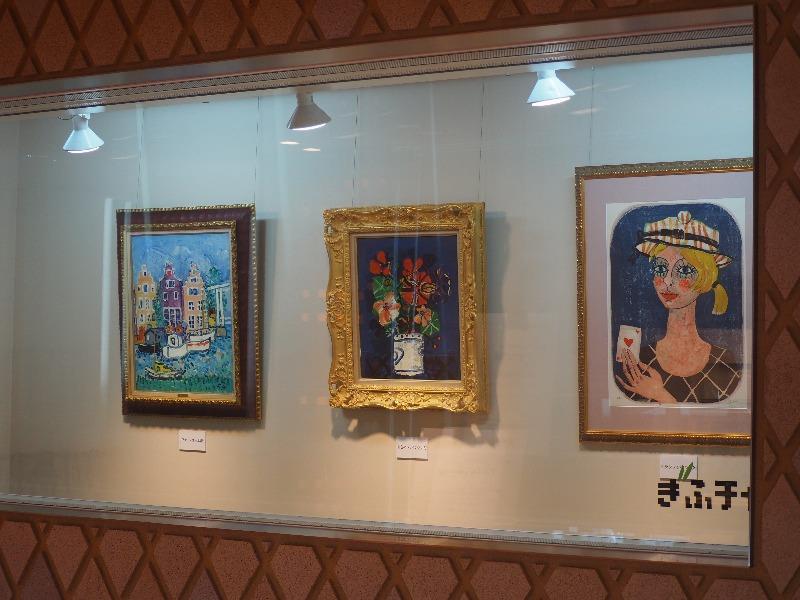 ぎふチャンアートギャラリー アイズピリ展『ヴァン・ゴッホ港』『紺色のバックの壺の花』『トランプを持つ少女』