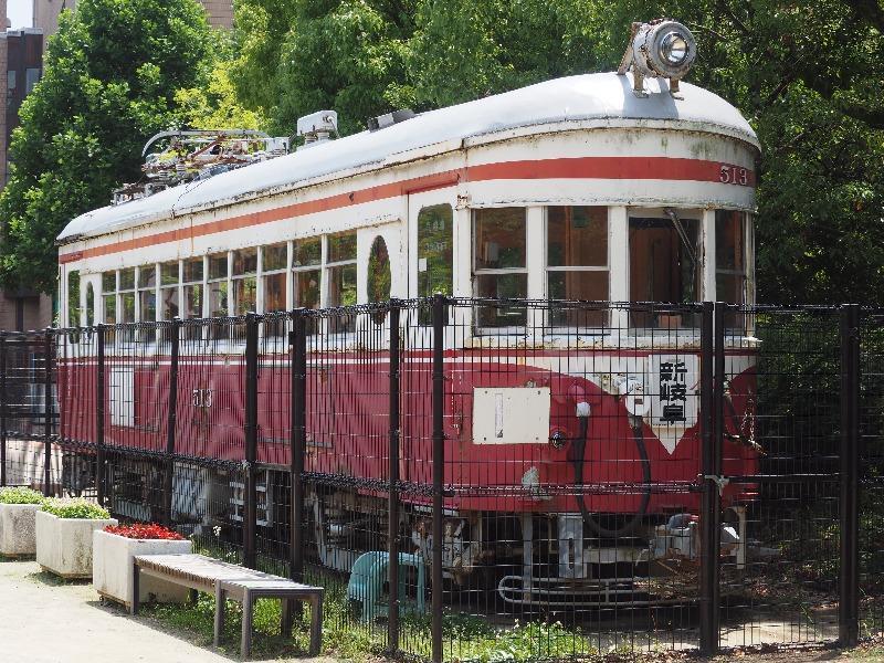 金公園 名鉄モ510形電車 背面