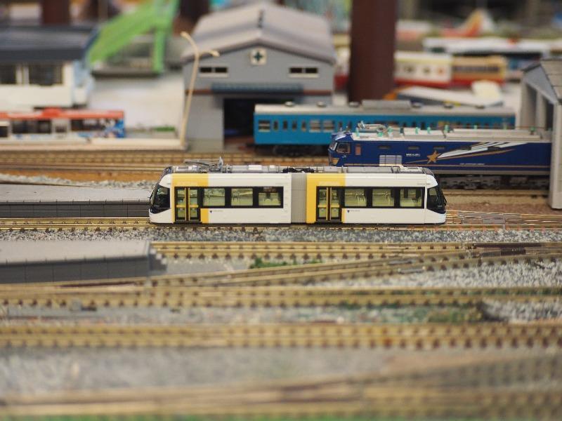 鉄道カフェはるか 鉄道ジオラマ KATO Nゲージ 富山ライトレール TLR0603(3)