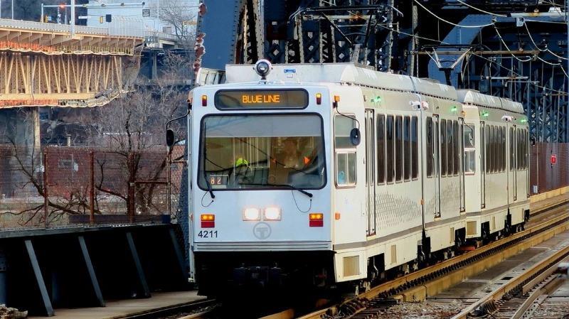 東洋経済ONLINE 「クルマ王国」米国で進化した路面電車の実力