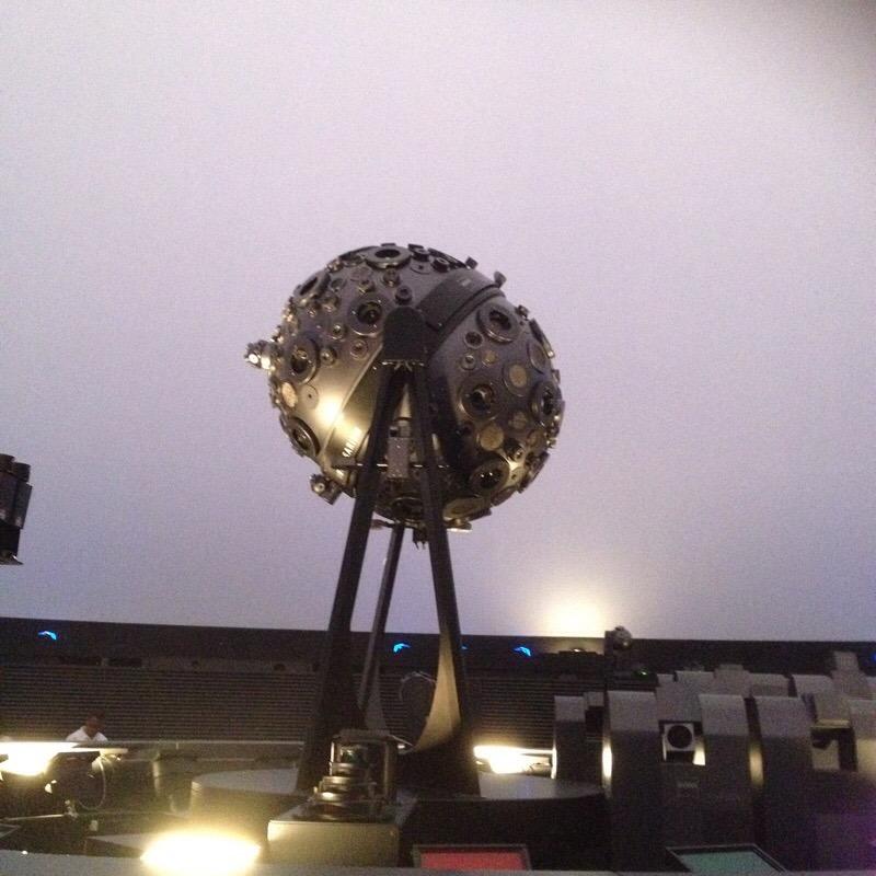 名古屋市科学館 プラネタリウム(ブラザーアース)投映機「ユニバーサリウムIX型」