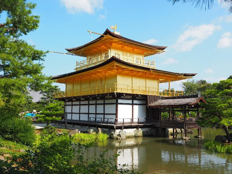 金閣 鹿苑寺 舎利殿(4)漱清