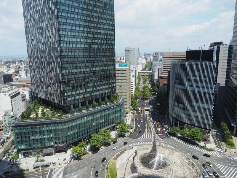JRゲートタワー 15階 スカイストリート 名古屋駅前(桜通口)~桜通