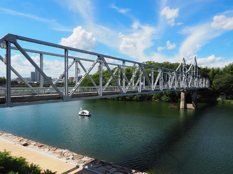 旭川、月見橋
