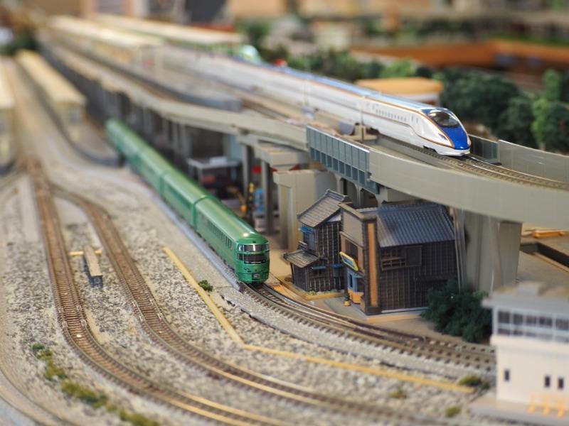 鉄道カフェはるか ゆふいんの森+W7(1)