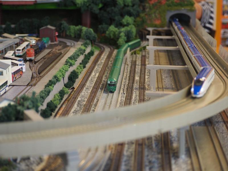 鉄道カフェはるか ゆふいんの森+W7(2)