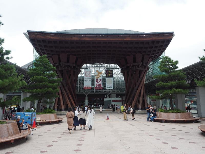 金沢駅 東口(兼六園口)鼓門(2)
