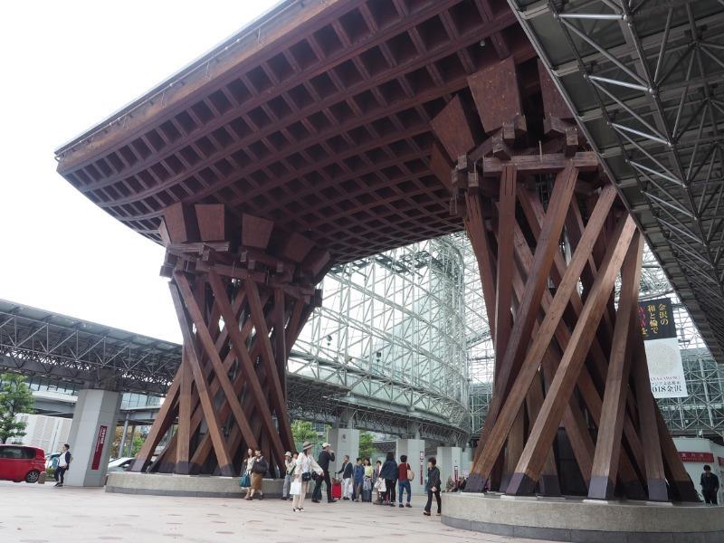 金沢駅 東口(兼六園口)鼓門(1)