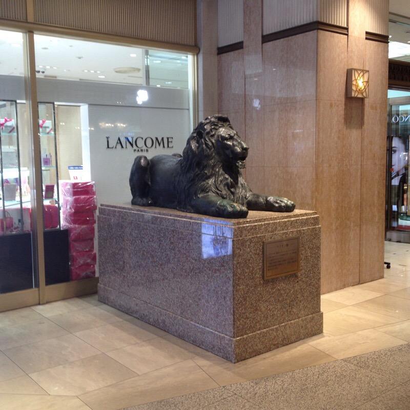 福岡三越 ライオン広場